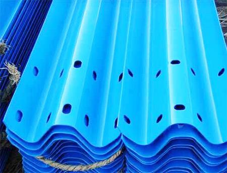 蓝色喷塑护栏