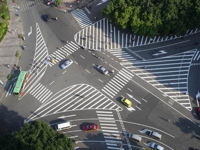三叉路口道路标线