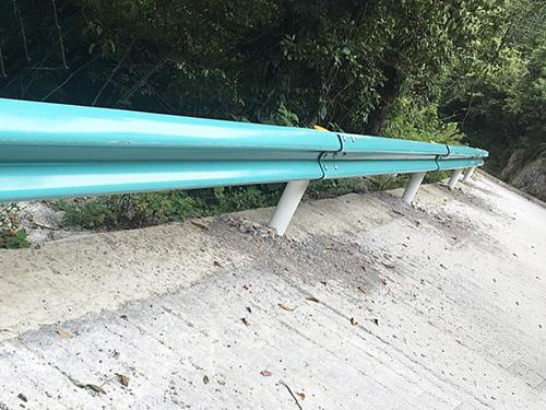 喷塑护栏板安装